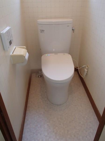 新設のトイレ