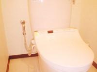 マンショントイレ改修・最新のウォシュレットですっきり綺麗に